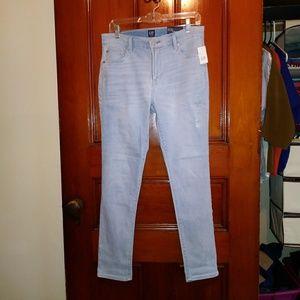 NWT Gap 27 Best Girlfriend Light Wash Jeans